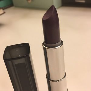 Maybelline Metallic Lipstick in Smoked Silver